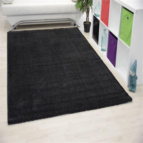 tapis dinterieur uni noir alvin pas cher