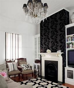 Wallpaper living room feature wall ideas dgmagnetscom for Wallpaper designs for living room wall