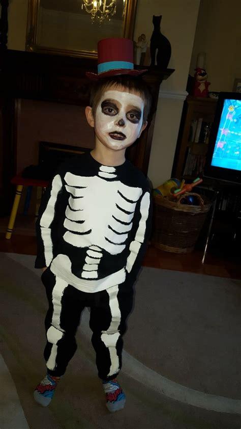 funny bones  funny bones funny halloween face