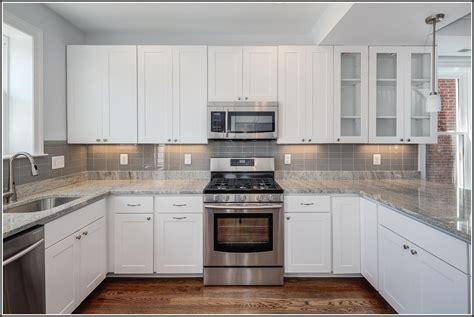 backsplash with white cabinets white subway tile backsplash with white cabinets download