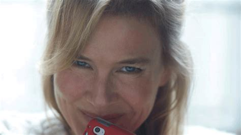 Renee Zellweger renee zellweger    longer 1280 x 720 · gif