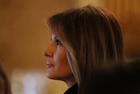 Melania's birthday gift from Trump was flowers because he was too busy - Business Insider