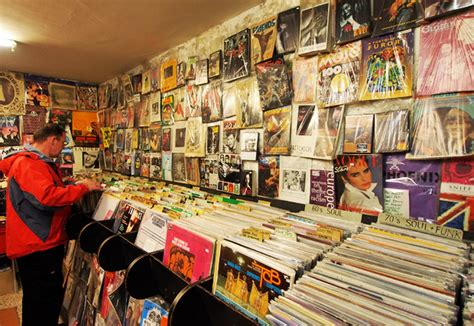vintage vinyl hours on the beat records 22 hanway w1 a great 3265