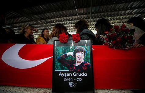 Kurdî :: Ayşen Grûda hatiye binaxkirin