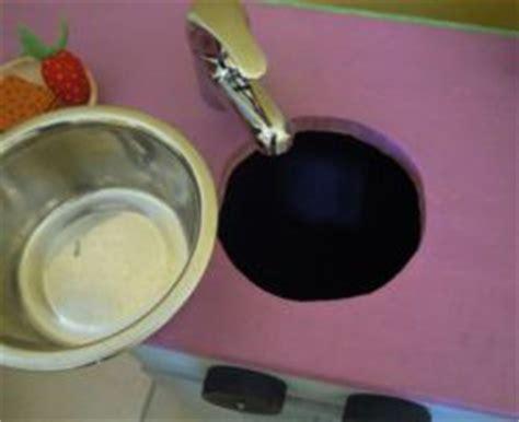comment fabriquer une cuisine pour fille fabriquer une cuisine en bois pour enfant