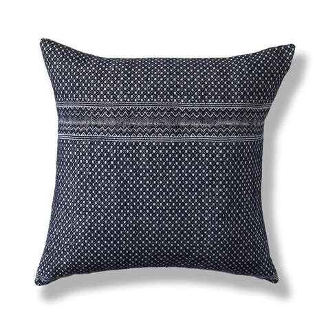 "Miao Pillow I 20""x20"" Pillows Chic Throw Pillows"