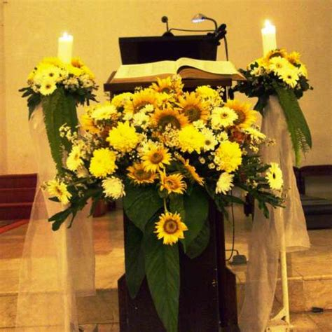 sabrina florist dekorasi podium harga  sesuaikan