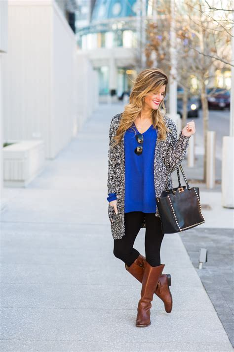 What To Wear With Leggings + 7 Style Tips on How To Wear Leggings