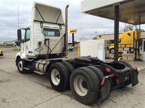 truck dealers volvo truck dealers  michigan