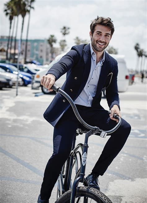 zoo actor james wolk sports summer styles  esquire shoot