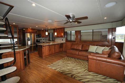 house boat interiors houseboats salon photos for stardust houseboats houseboat interiors custom salon photos for