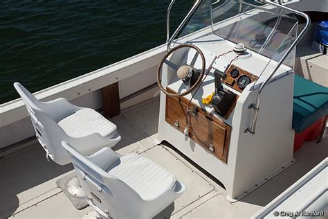 Whaler Motorboat by 21 Foot Boston Whaler Outrage Boat Rental In Acadia