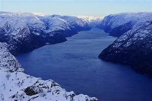 » Preikestolen winter hike