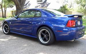 Sonic Blue 2004 Ford Mustang GT Coupe - MustangAttitude.com Photo Detail