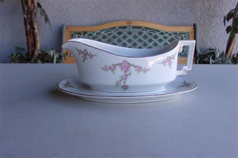 White Gravy Boat With Attached Saucer by Gravy Boat Attached Drip Plate Vintage H Co Selb Bavaria