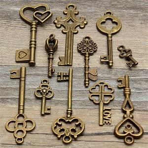 Alte Schlüssel Deko : 11 stk vintage schl ssel anh nger steampunk schmuck deko f r halskette kette k02 schl ssel ~ Orissabook.com Haus und Dekorationen