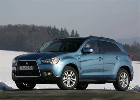 Asx is the compact crossover with fresh new design, smart technology and the latest in safety. ROAD STAR CAR: Mitsubishi ASX 2011