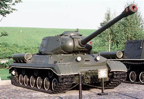 Is-2 / Js-2 (josef Stalin) Heavy Tank Tracked Combat