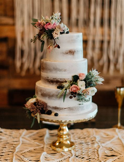 our favorite wedding cakes from 2016 green wedding shoes