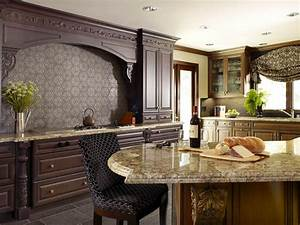 Granite vs quartz is one better than the other hgtv39s for Kitchen colors with white cabinets with papier peints design