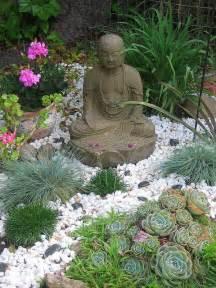Jardin Zen Bouddhiste by 65 Philosophic Zen Garden Designs Digsdigs