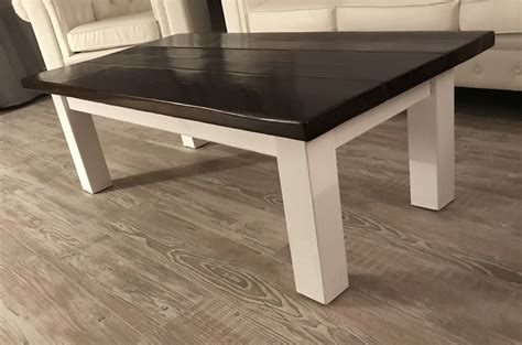 Farmhouse tables are generally designed to be large, but this plan from addicted2diy is unique for providing a seating capacity of 10 people. Ana White | Rustic Farmhouse Coffee Table - DIY Projects