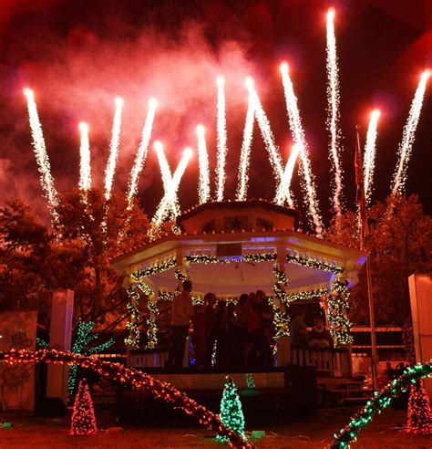 christmas lights events in grapevine tx parades shows
