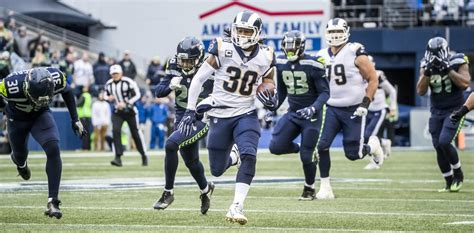 seahawks lose  rams    pivotal nfc west