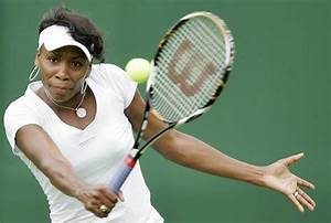 Venus Williams Nearly Flashes Crowd After Wardrobe ...