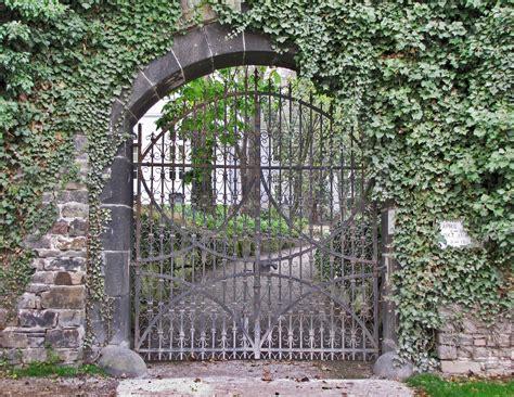 Der Geheime Garten by Der Geheime Garten Still View Fotocommunity