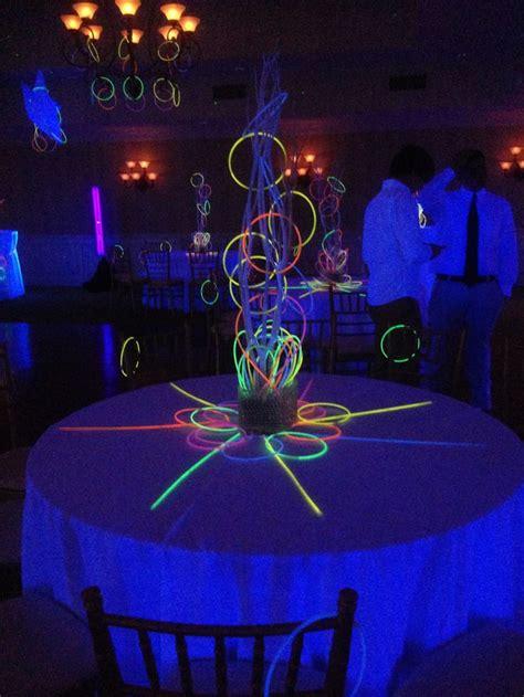 black light ideas 29 purple decor ideas home design