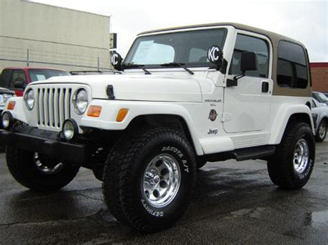 Jeep Wrangler White 2 Door