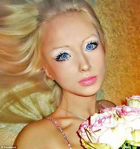 Nicki Minaj and 4 other human Barbie dolls have wannabe ...