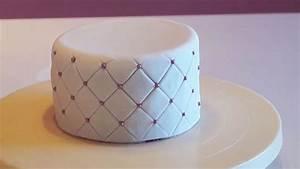Pate A Bois Comment L Utiliser : cake design tutoriel effet matelass p te sucre youtube ~ Dailycaller-alerts.com Idées de Décoration