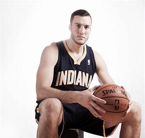 Miles Plumlee in 2012 NBA Rookie Photo Shoot - Zimbio