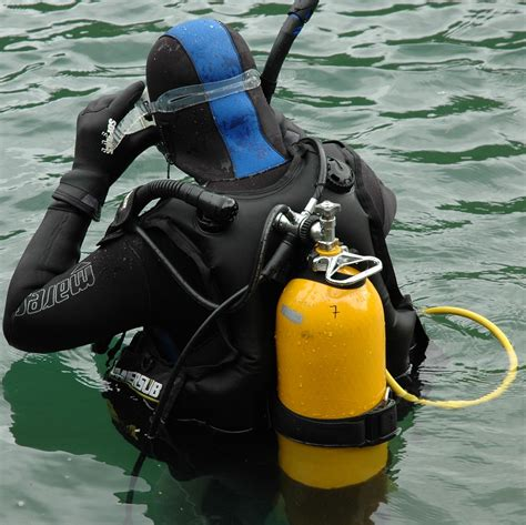 Scuba Dive Gear - scuba diving gear defect attorney scuba injury attorney