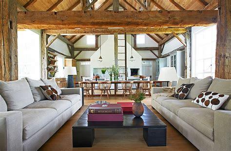 relaxing  beautiful farmhouse interior design
