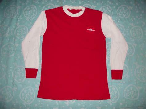 Arsenal Home football shirt 1967 - 1978. Sponsored by no ...