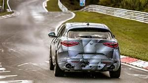 Suv Alfa Romeo Stelvio : alfa romeo stelvio quadrifoglio sets suv nurburgring record ~ Medecine-chirurgie-esthetiques.com Avis de Voitures