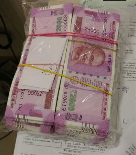 rs  lakh   notes foreign currency seized  mumbai airport rediffcom india news