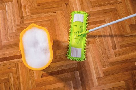what do you use to clean wood floors what do you use to mop the floor gurus floor