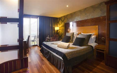 hotel chambre avec piscine priv馥 hotel avec privatif annecy 28 images week end romantique 12 chambres avec priv 233 les tresoms lake spa resort annecy h 244 tels lac d