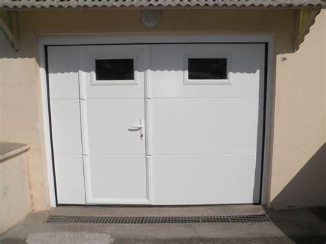 porte de garage basculante avec portillon brico depot portes de garages