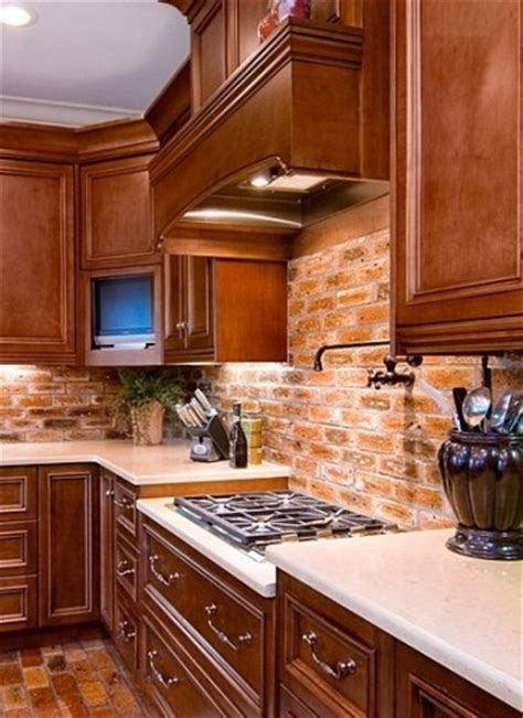 kitchen brick backsplash 24 best images about kitchen cabinets on 2331