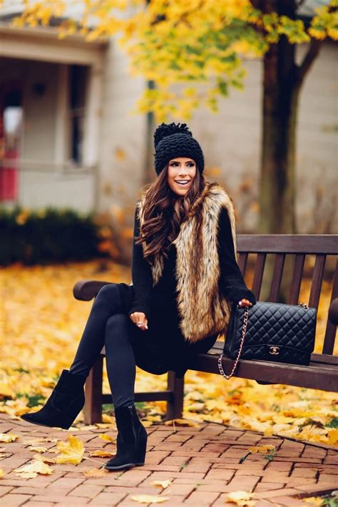 16 Thanksgiving Outfit Ideas For Fall Or Winter Weather