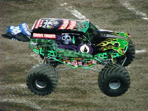monster truck shows in florida monster jam raymond james stadium ta fl 230