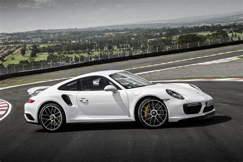 Porsche Wallpapers by Porsche 911 Turbo Wallpapers Pictures Images