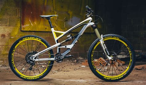 Best Enduro and Trail Bikes 2015 (Full Suspension)