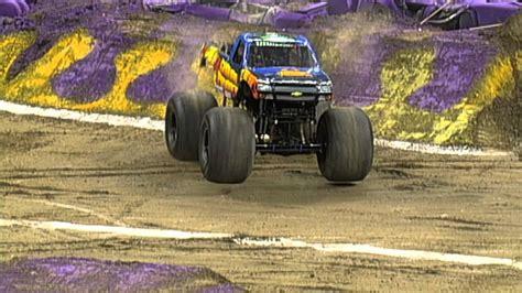 monster truck show in new orleans monster jam ground pounder in new orleans jan 25 2014