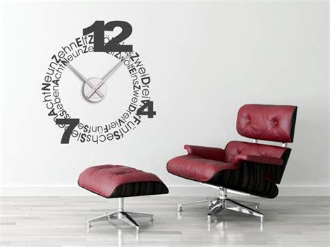 Wanduhren Groß Modern by Wandtattoos Als Gro 223 E Wanduhren Moderne Uhren Mal Anders